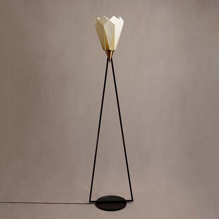 Adamas Floor Lamp by Francesca Schiavello is Winner in Lighting Products and Lighting Projects Design Category, 2020 - 2021.