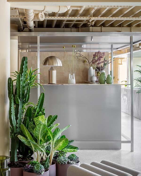 Locke Millennium Bridge Design Aparthotel by Grzywinski+Pons