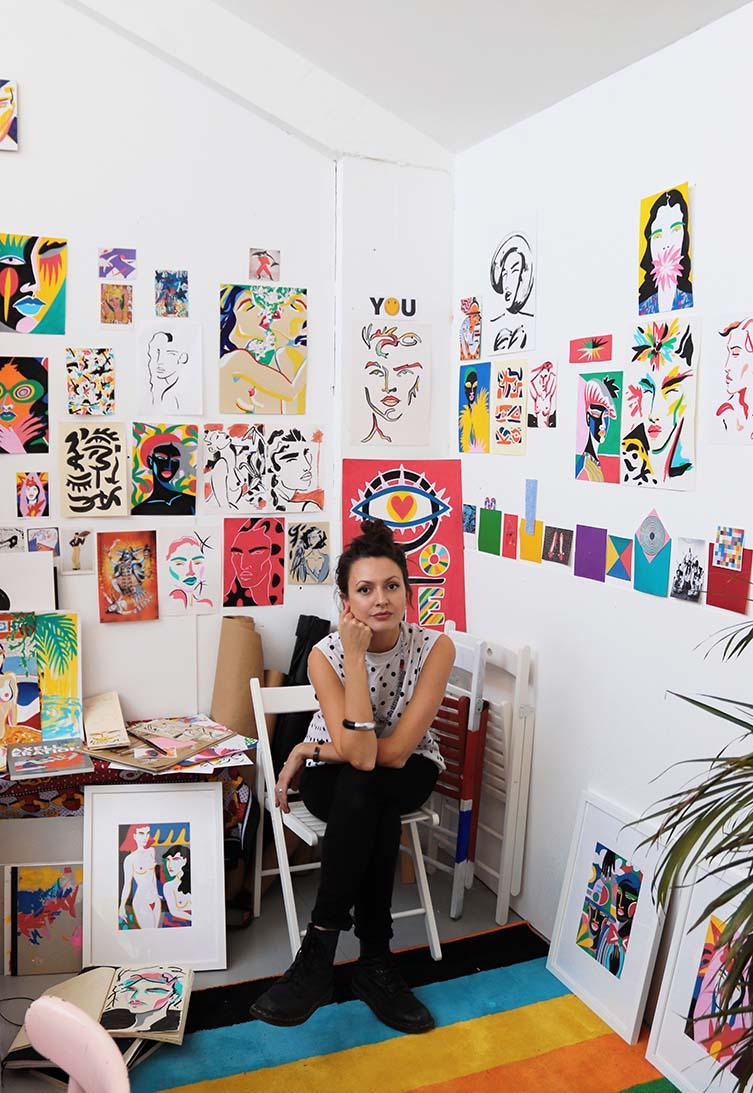 Lynnie Z Studio