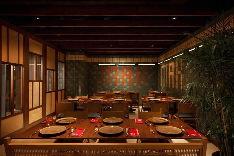Mak hong kong speakeasy restaurant at the landmark