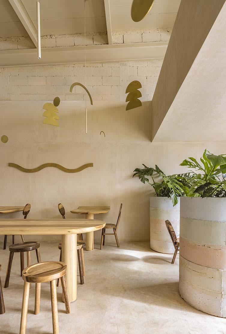 Maku Poke Stop Cancun, Poke Bowl Shop Designed by WEWI