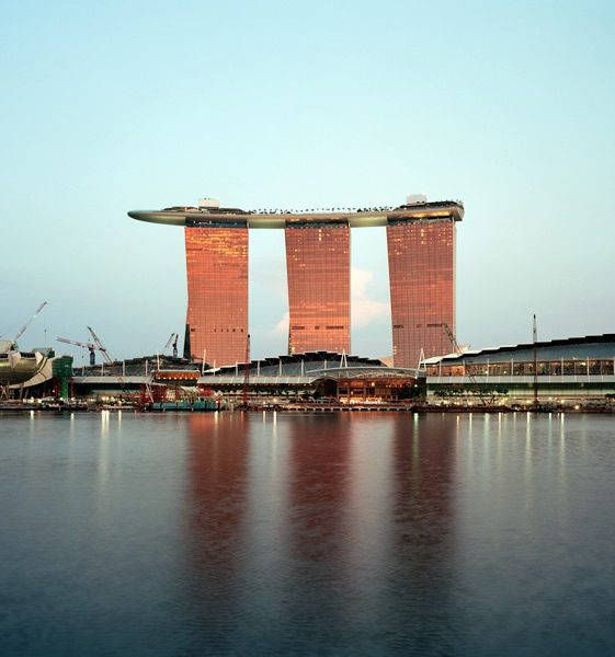 Marina Bay Sands, Safdie Architects