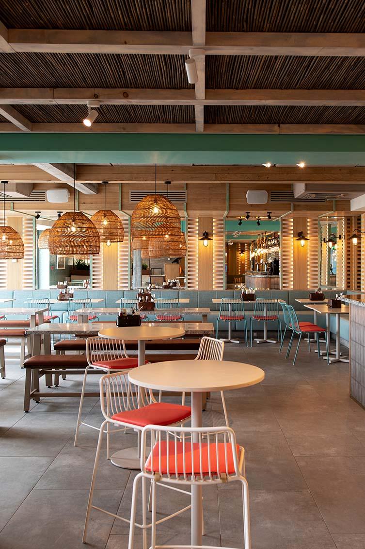 Mickeys Beach Bar and Restaurant Exmouth