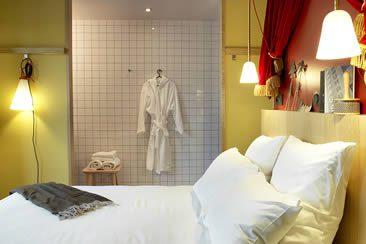 we heart arts culture travel and design magazine. Black Bedroom Furniture Sets. Home Design Ideas