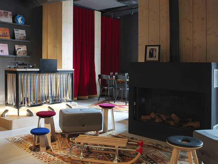 MOB HOTEL Paris Design Hotel