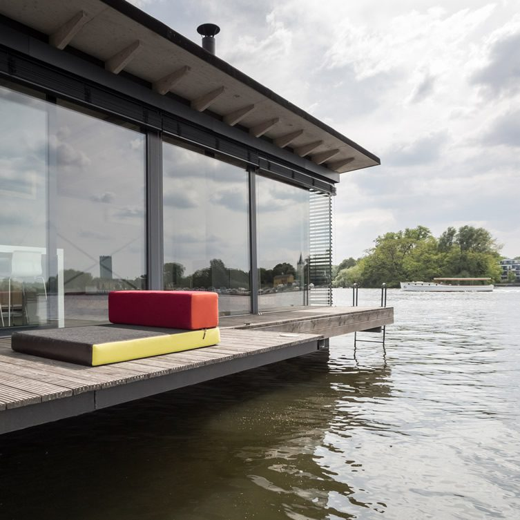 Modern Houseboat, Berlin