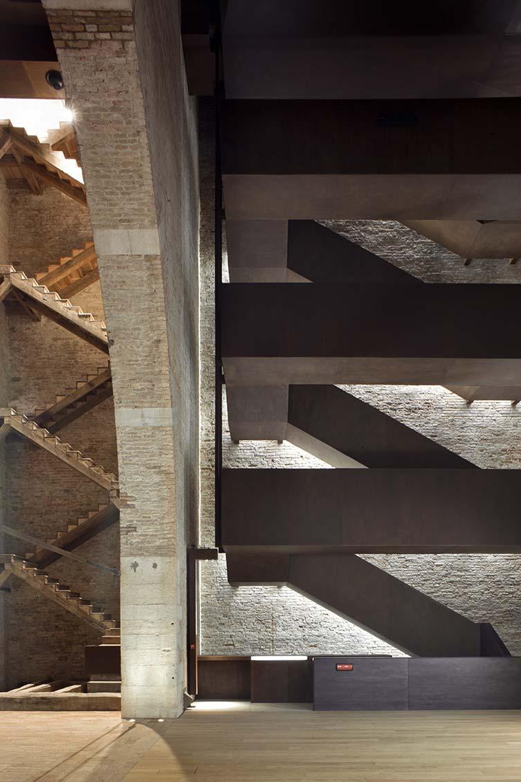 Porta Nuova Tower, MAP studio, 2006, 2009-11