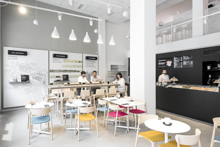 Moleskine caf milan brera design district coffee shop for Best coffee in milan