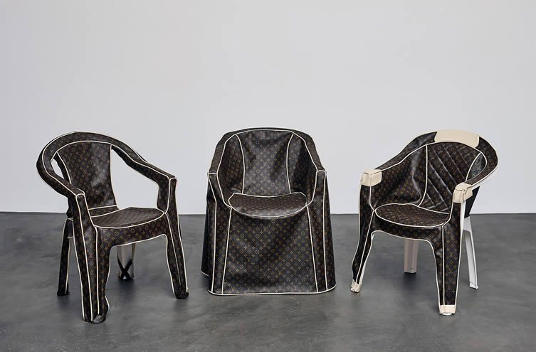 monobloc a chair for the world at schaudepot vitra design museum. Black Bedroom Furniture Sets. Home Design Ideas
