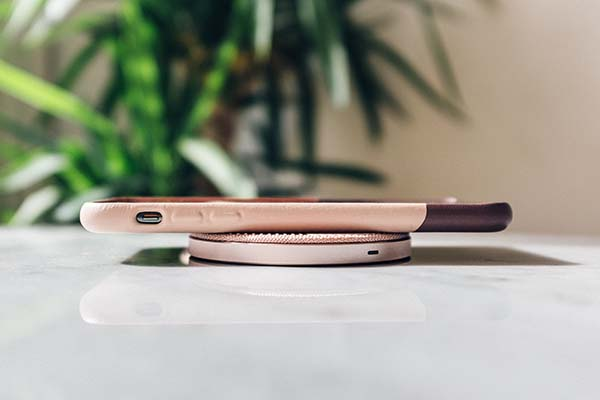 Drop Wireless Charger and Clic Marquetry iPhone case