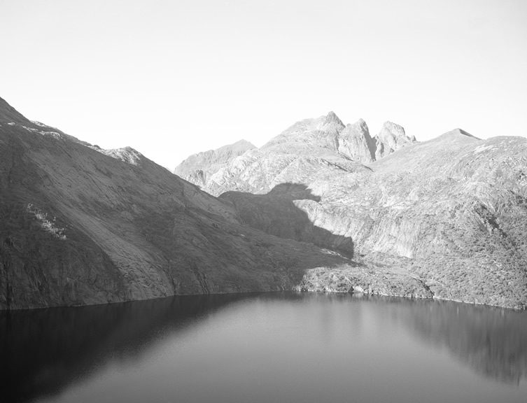 Nine Nameless Mountains, Maanantai Collective