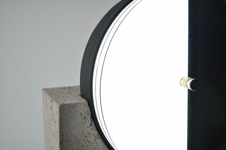 Os&Oos, Syzygy Lamp