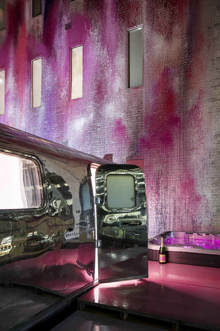 Melbourne Airstream Hotel