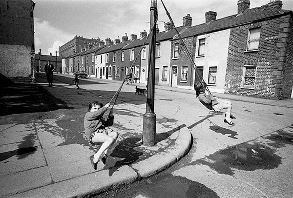 Milton Street, Belfast, 1969, © David Lewis-Hodgson