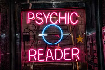 Here's What to Expect in a Psychic Reading