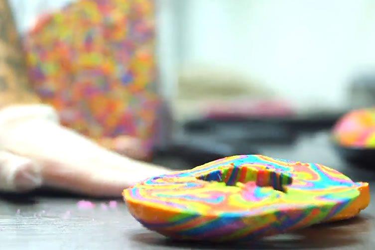 Make Rainbow Bagels
