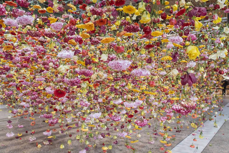 Rebecca Louise Law, Garten at Bikini Berlin
