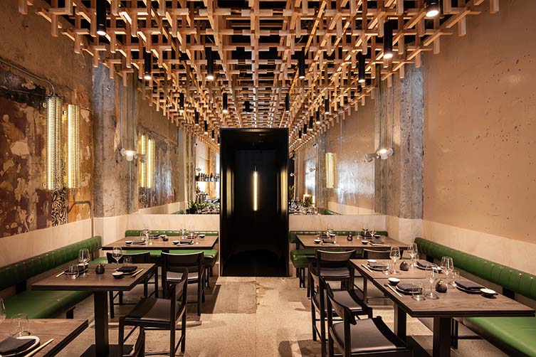 Ryù Peel, Montreal Ryu Peel Street Japanese Restaurant by Ménard Dworkind Architecture & Design
