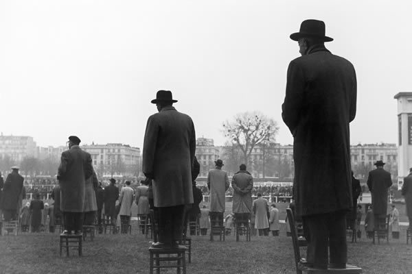 Sabine Weiss's World at Les Douches la Galerie, Paris