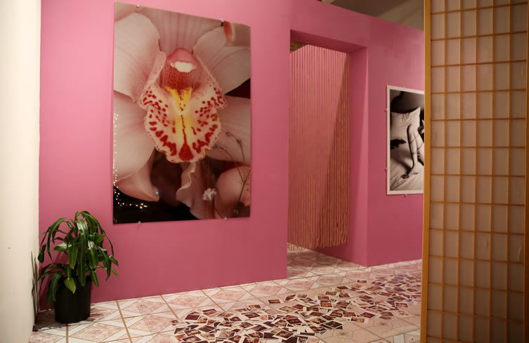 Salon de Mass-age at Shin Gallery, New York