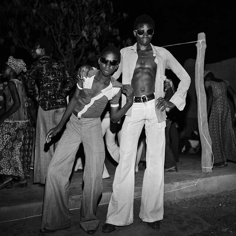 Lunettes nocturnes, 1977