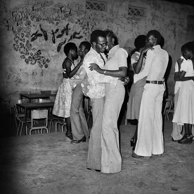 Le quart d'heure rumba à la soirée privée, 1977