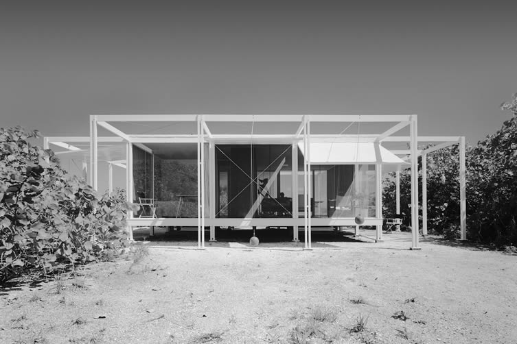 Walker Guest House, architect Paul Rudolph (1952), photograph courtesy of © Ezra Stoller/Esto.