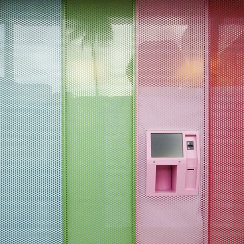 cupcake vending machine los angeles