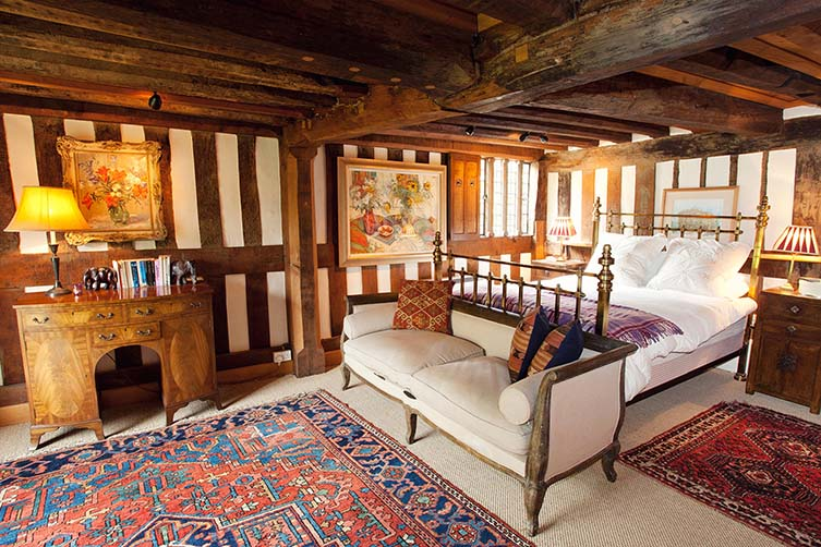 The 15th century fairytale: Beautiful Old Burfa, Old Radnor
