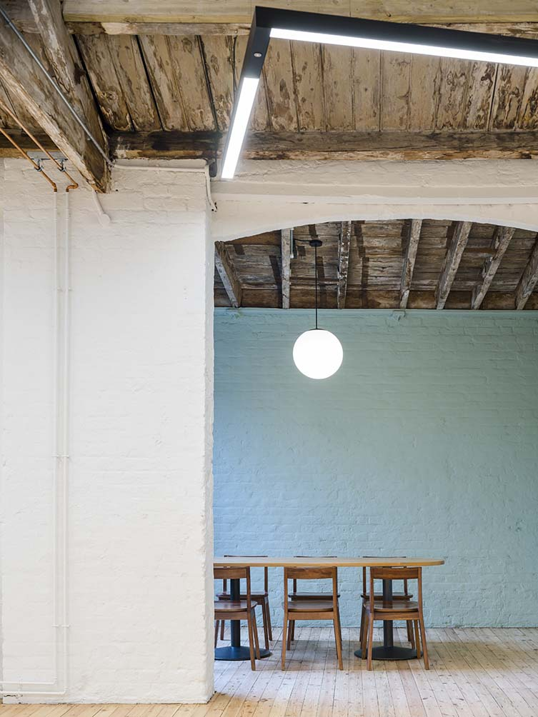 Symes Mews Camden, Fabrix Office Space Designed by pH+ Architects
