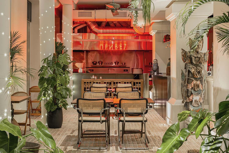 Thailand Hi Kiev / Tayskyy Pryvet Kyiv, Restaurant Designed by balbek bureau