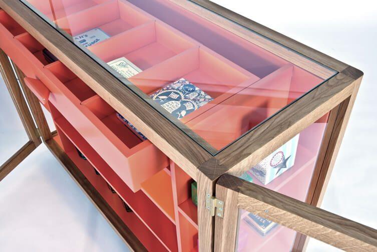 Vitrina Orange Oak Sideboard