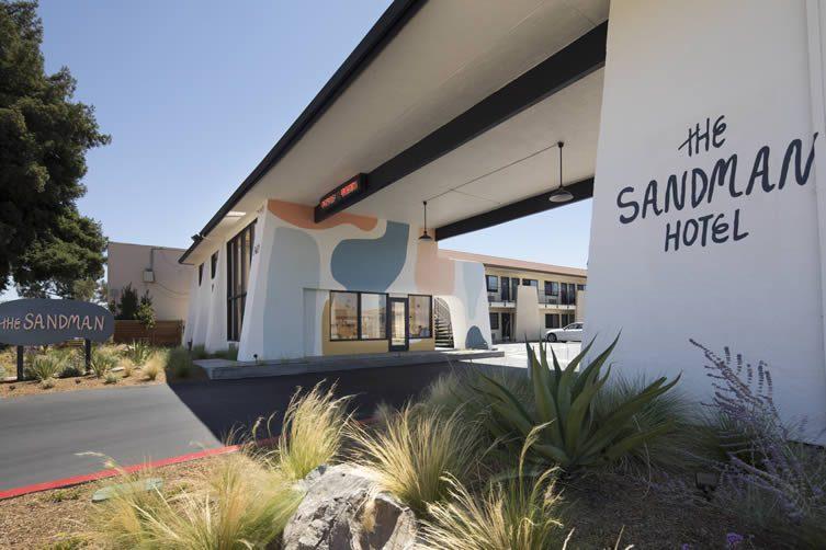 Sandman Hotel Santa Rosa