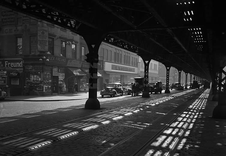 Under the El, Third Avenue, 1946