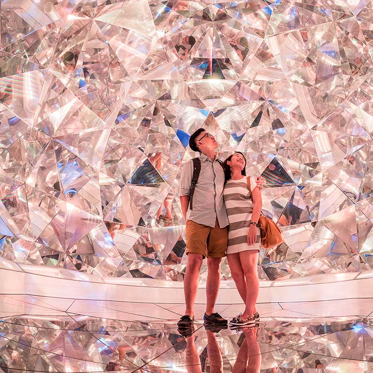 Light Origami Art Installation by Kaz Shirane is Winner in Arts, Crafts and Ready-Made Design Category, 2015 - 2016.