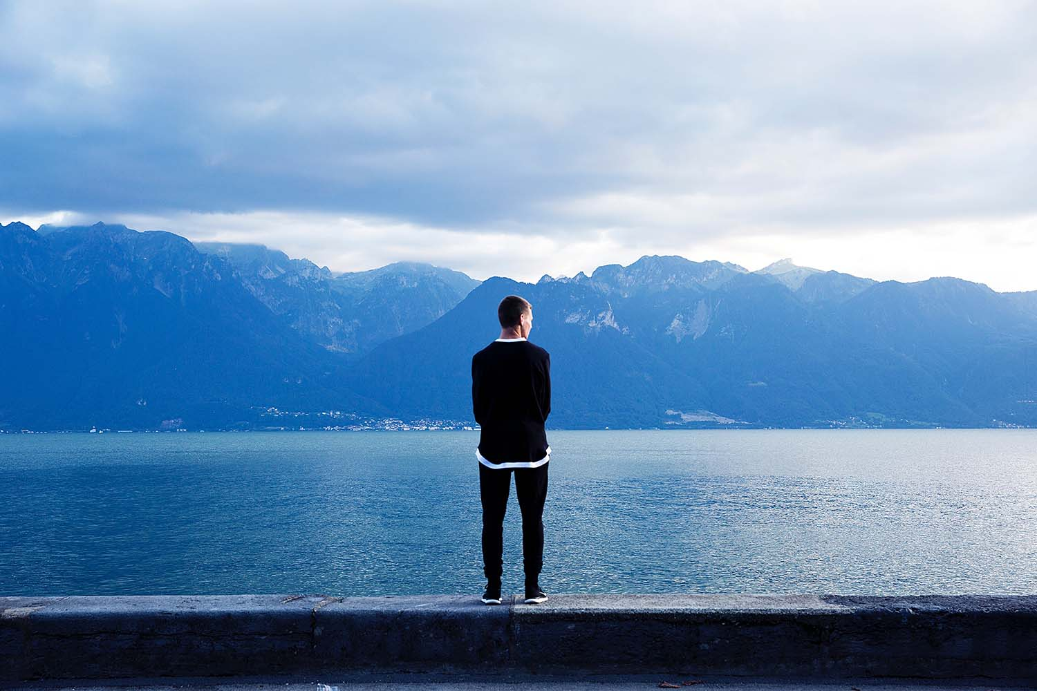 Travel Therapy: Escape Your Stresses, Forget Your Anxiety
