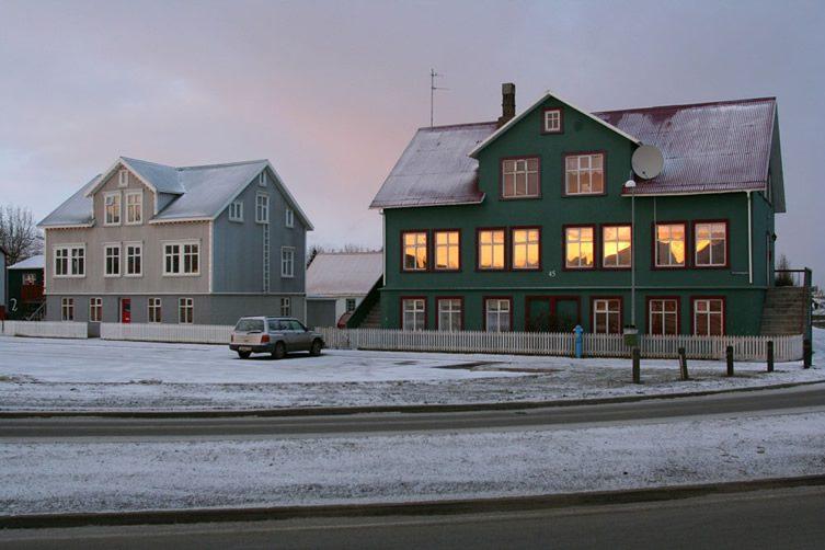 Pascal Fellonneau — Urban Landscapes of Iceland