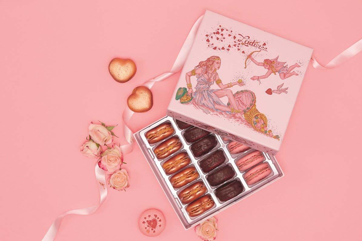 Ladurée, Vénus Mon Amour Macarons gift box