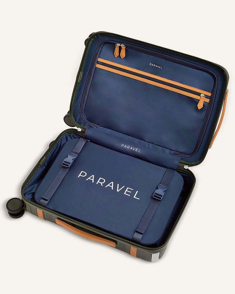 Paravel, Aviator Carry-On