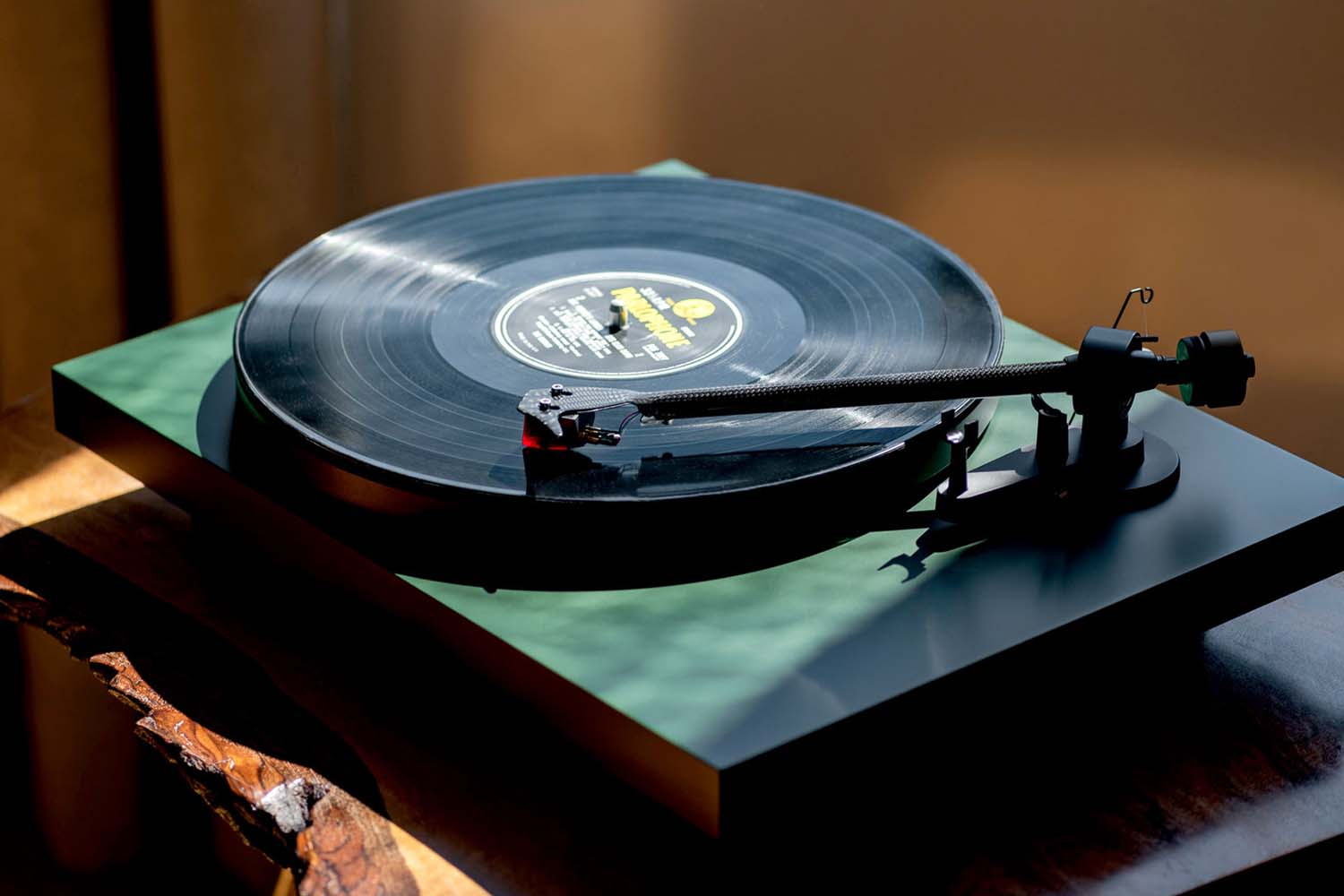 Pro-Ject Audtio Systems, Debut Carbon EVO