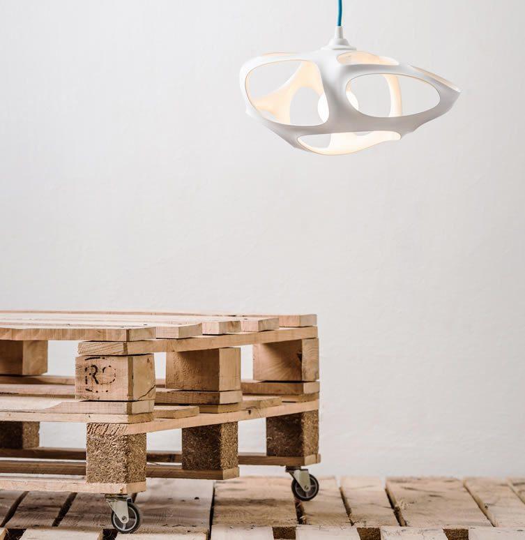 Vivia 3D printed lamp