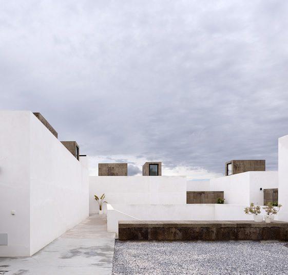 Villa Extramuros, Portugal