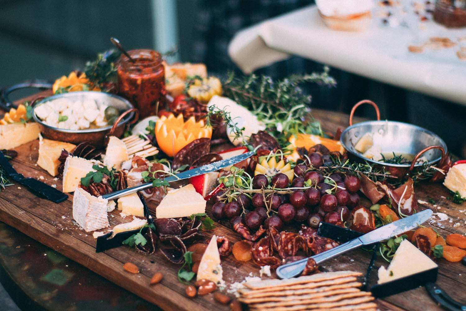 8 finger food ideas that can make your wedding unforgettable