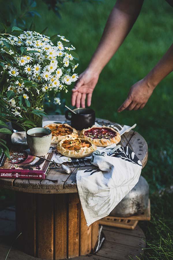 15 Finger Food Ideas for a Wedding