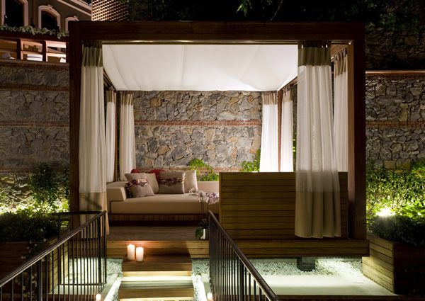 Marvelous Room cabana