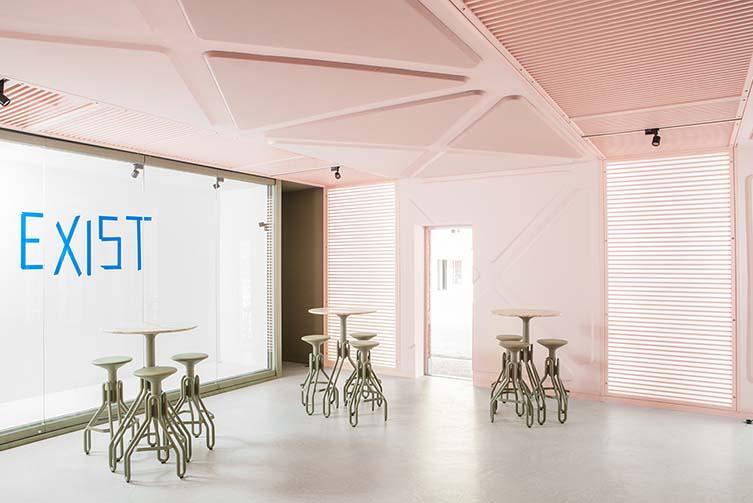 XYZ Lounge Ghent, Zebrastraat