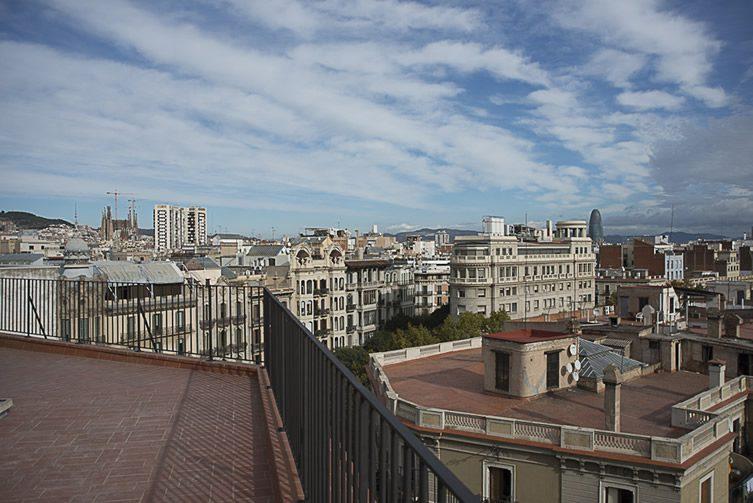 yök Casa + Cultura — Barcelona